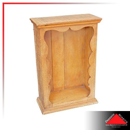 Oratório de madeira