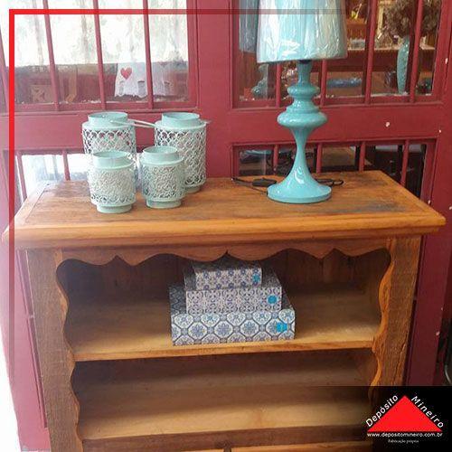 Gabinete de cozinha em madeira