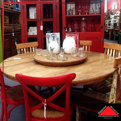 Mesa rústica de jantar